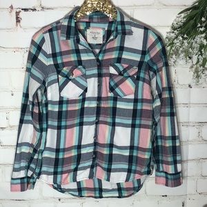 Sonoma Plaid 100% cotton button up. Size Small.